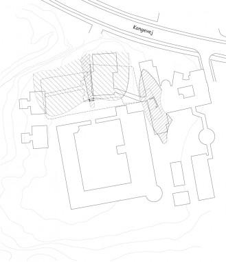 Øverst forborgen og til højre den smalle banke med hovedbygningen. Selve hovedbanken lå mod syd, hvor renæssanceslottet er markeret.