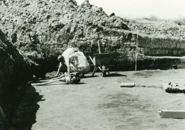 Udgravningen forestod i 1988 og 1989.