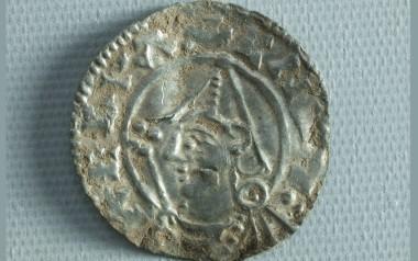 Slået i 1024-1029, sandsynligvis i England.