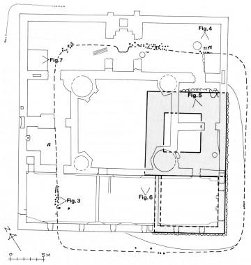 Plan over Trøjborg med markering af den middelalderlige banke med tårnet liggende under den nuværende borgbanke. Tegning: Johannes Hertz.