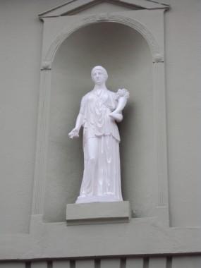 Detaljebillede af Diana-skulpturen.