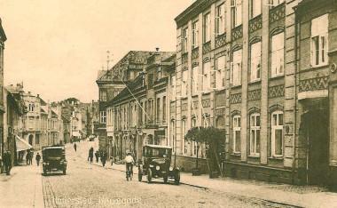 Ca. 1924. Murværket er dekoreret i et mønster, som sidenhen er blevet overkalket. Foto: Historisk Arkiv for Haderslev Kommune.