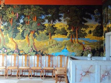 Rekonstruktion af vægmaleri fra barokken, som skal efterligne de dyre vævede flamske gobeliner.